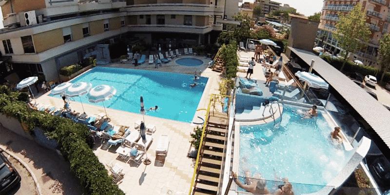 Hotel Caesar Cesenatico - Piscina